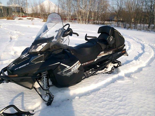 Финский снегоход Adventure Grand Tourer 1200