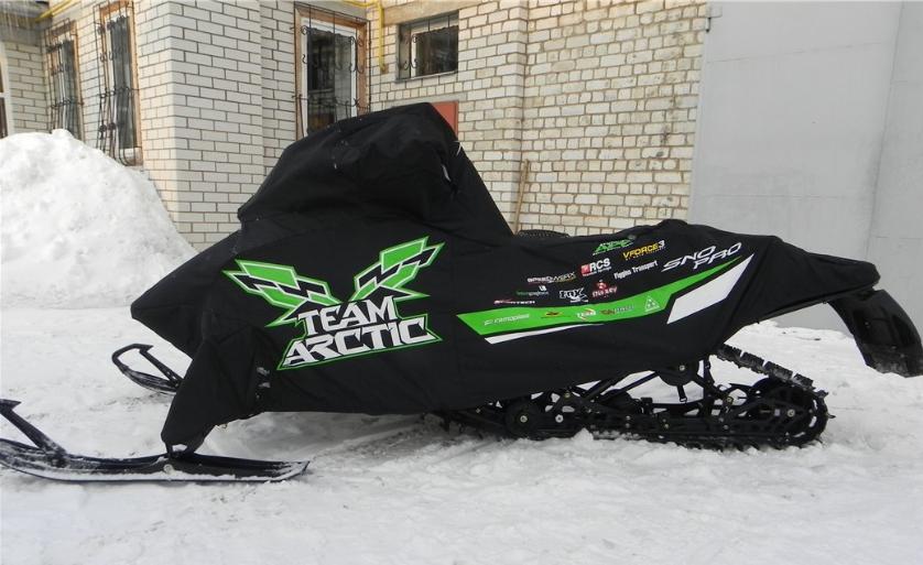Выбор чехла для снегохода