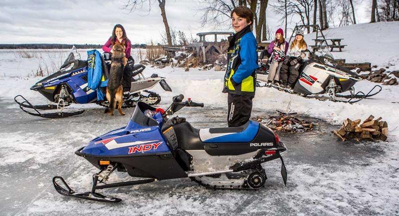 Детский снегоход: особенности выбора и «свежие» модели